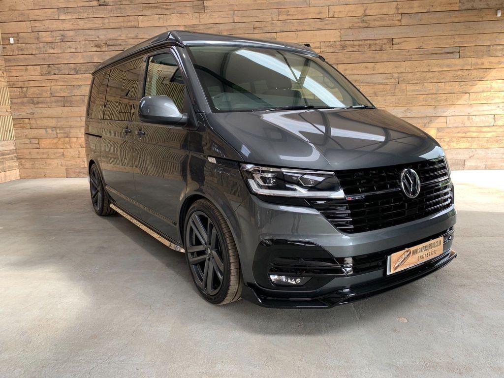 Volkswagen Transporter Combi Van 2.0 BiTDI T32 Highline Crew Van DSG 4Motion (s/s) 5dr