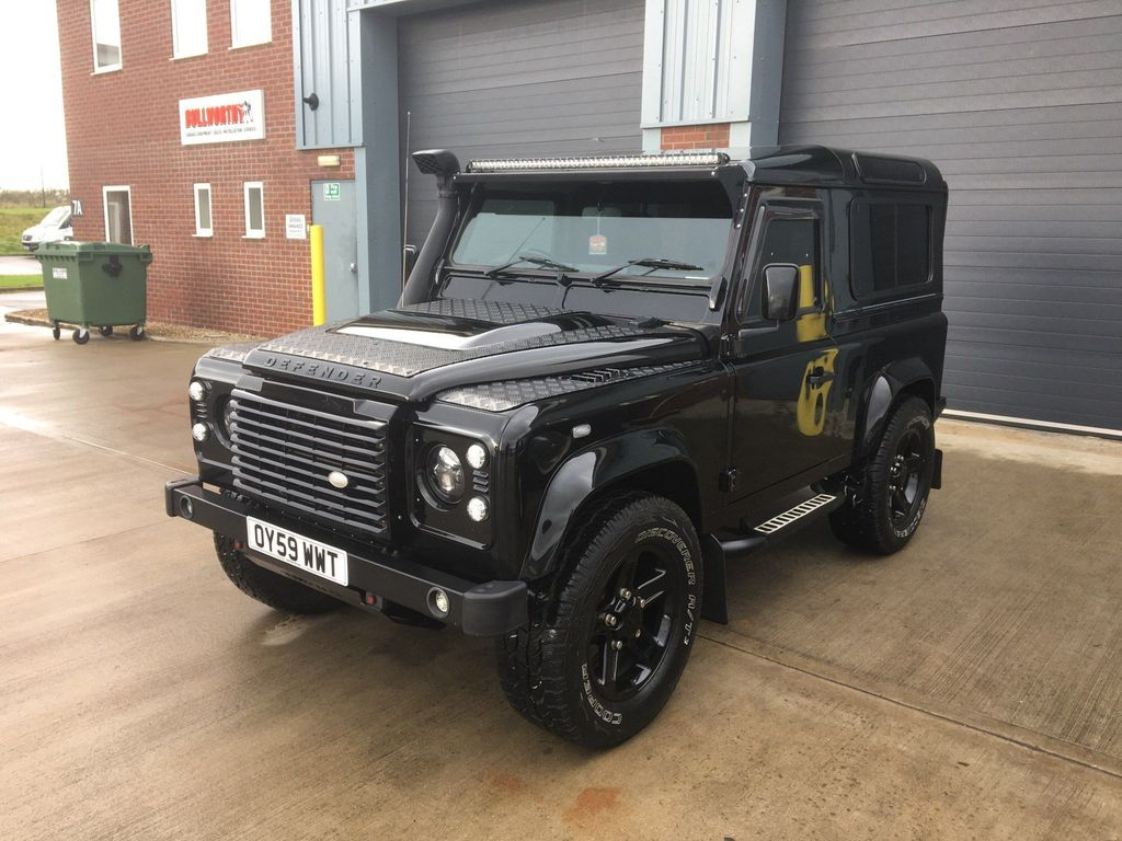 Land Rover Defender 90 SUV 2.4 TDi County 4X4 3dr