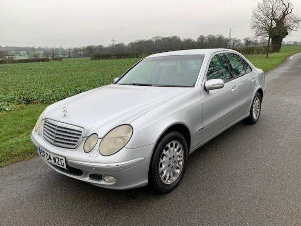 Mercedes-Benz E Class Saloon 2.6 E240 Elegance 4dr