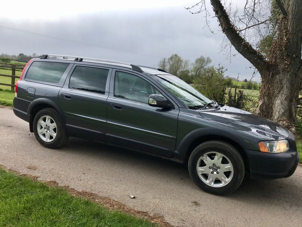 Volvo XC70 Estate 2.4 D5 SE Geartronic AWD 5dr