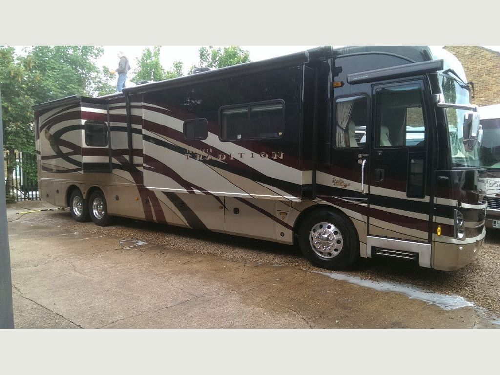 Fleetwood tradition American RV