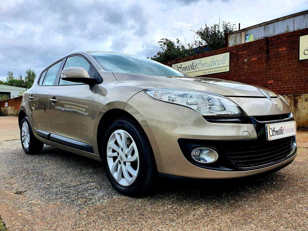 Renault Megane Hatchback 1.6 16V Expression + 5dr