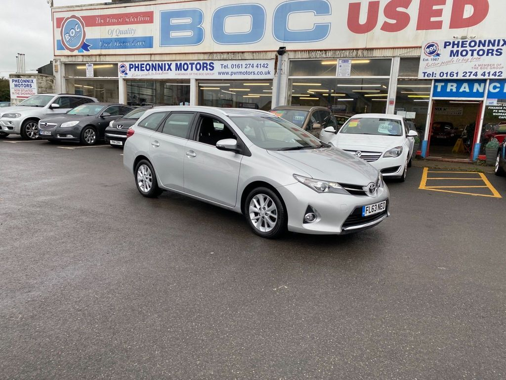 Toyota Auris Estate 1.6 V-Matic Icon 5dr