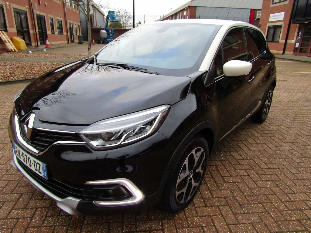 Renault Captur SUV 1.2 TCe DYNAMIC NAV 5 DR AUTOMATIC