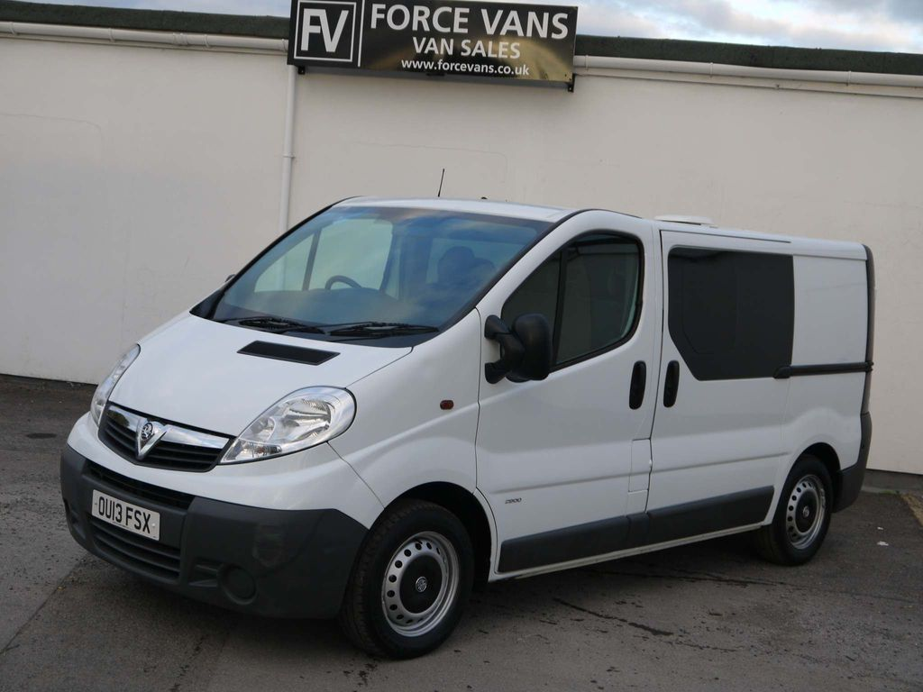 Vauxhall Vivaro Panel Van COMBI MENTAL HEALTH TRANSPORT CREW DOG