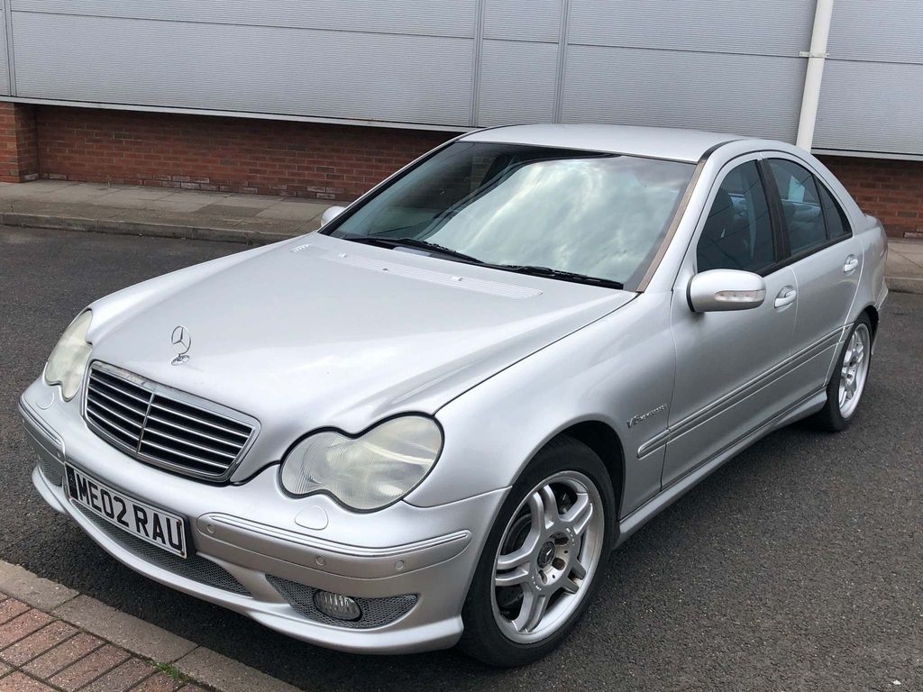 MERCEDES-BENZ C CLASS Saloon 3.2 C32 AMG 4dr
