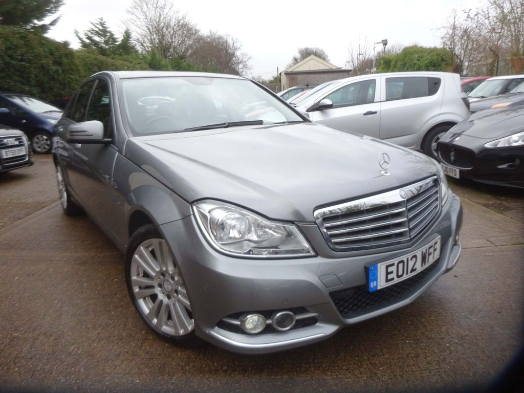 Mercedes-Benz C Class Saloon 2.1 C220 CDI BlueEFFICIENCY Elegance 7G-Tronic 4dr