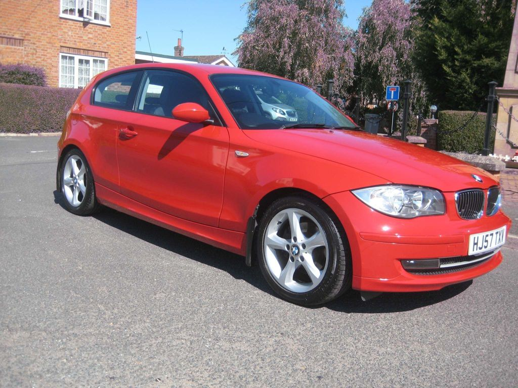 BMW 1 Series Hatchback 2.0 120i SE 3dr
