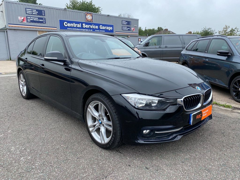 BMW 3 Series Saloon 2.0 320d BluePerformance Sport xDrive (s/s) 4dr