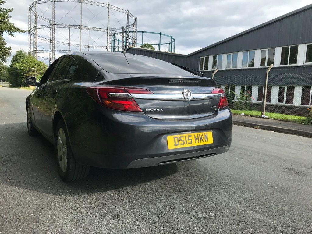 Vauxhall Insignia Hatchback 2.0 CDTi Design Auto 5dr