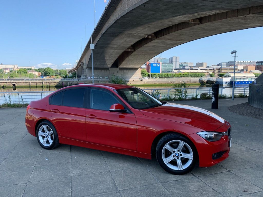 BMW 3 Series Saloon 2.0 320i SE (s/s) 4dr