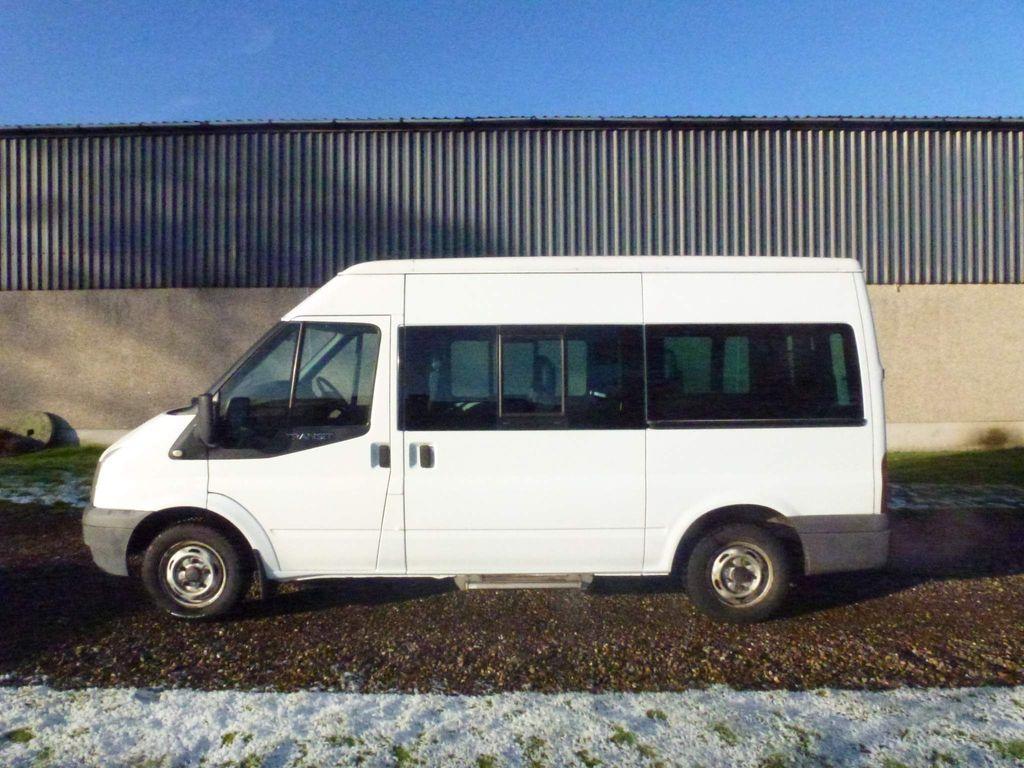 Ford Transit Minibus 2.2 TD 280 Bus S 5dr (9 Seats)