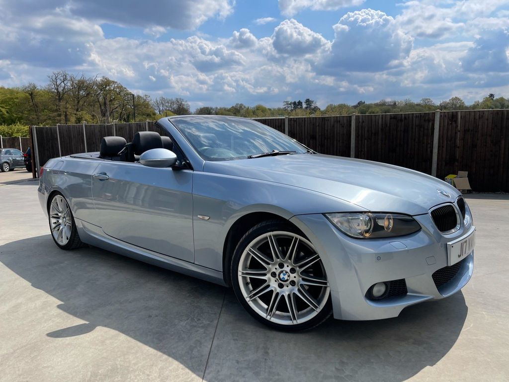 BMW 3 Series Convertible 2.0 320i M Sport Highline 2dr
