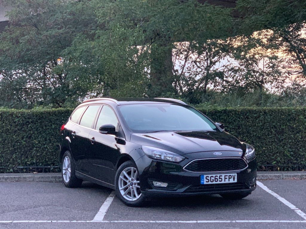 Ford Focus Estate 1.6 Zetec Powershift 5dr