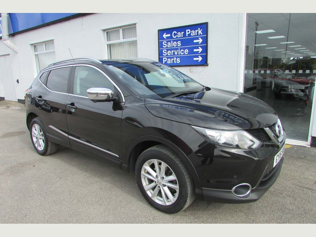 Nissan Qashqai SUV 1.2 DIG-T N-Connecta (Executive Pack) 5dr