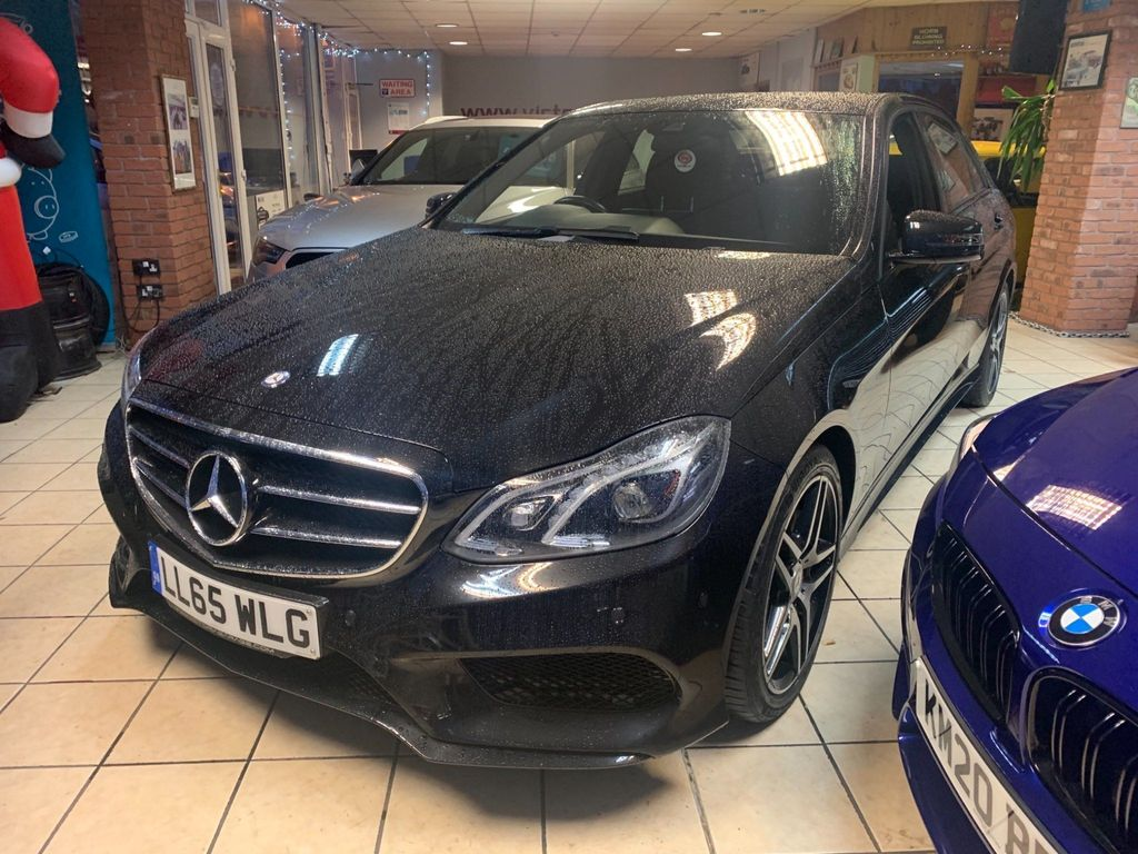 Mercedes-Benz E Class Saloon 3.0 E350 CDI BlueTEC AMG Night Edition 9G-Tronic Plus 4dr