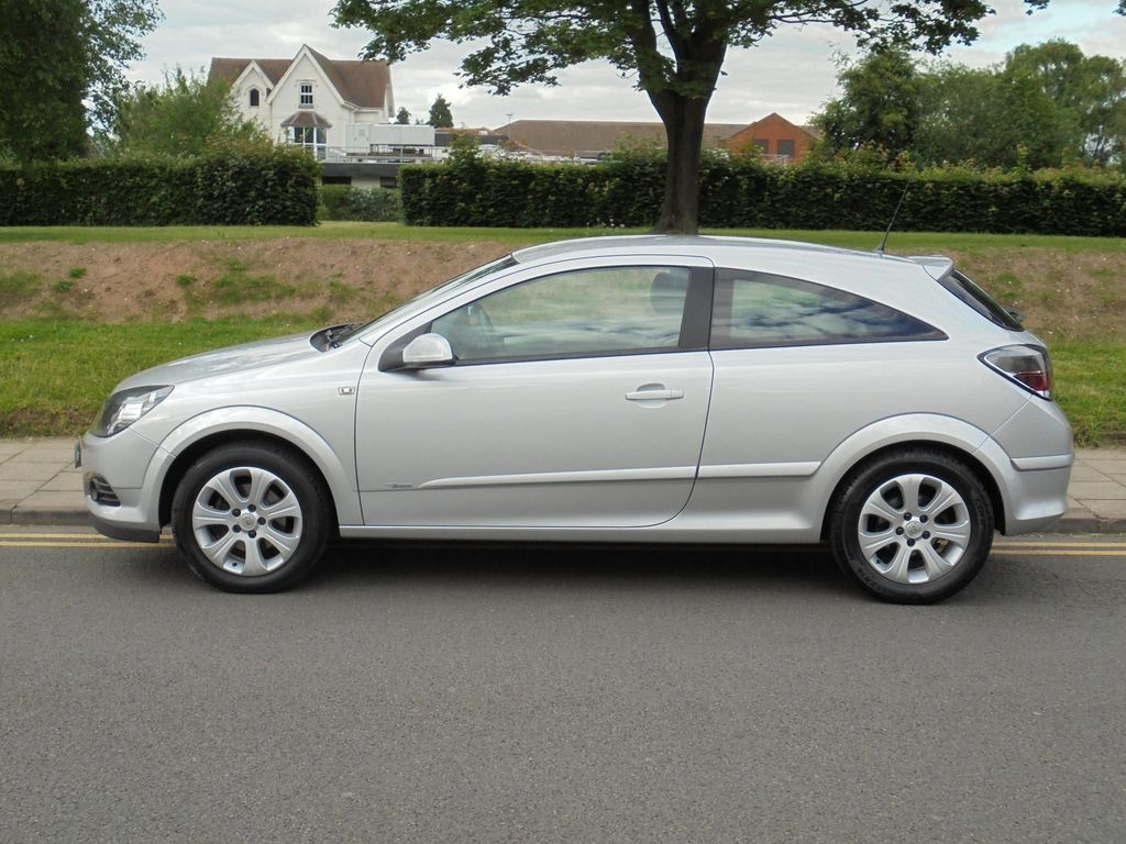 Vauxhall Astra Hatchback 1.6 i VVT 16v Breeze Sport Hatch 3dr