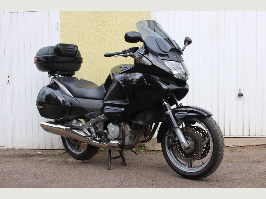 Honda NT700V Deauville Sports Tourer