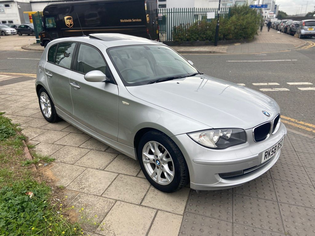 BMW 1 Series Hatchback 1.6 116i SE Auto 5dr