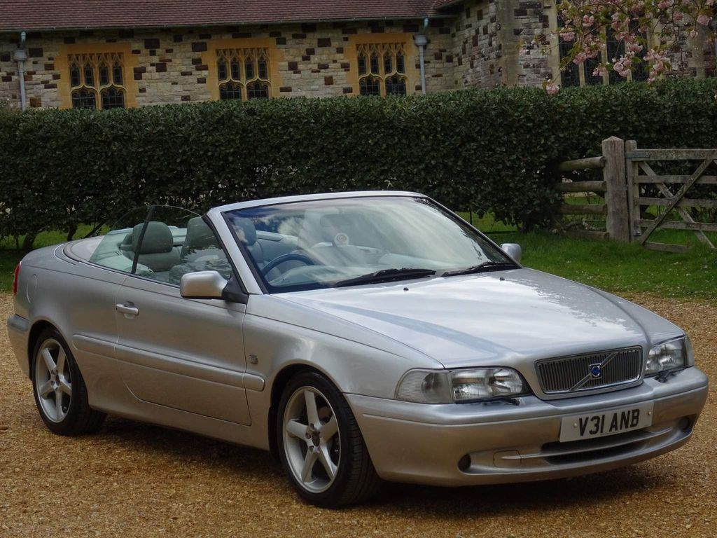 Volvo C70 Convertible 2.4 GT 2dr