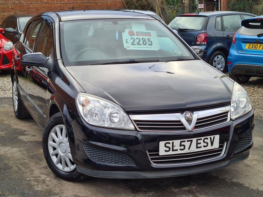 Vauxhall Astra Hatchback Life 16v E4 1.8