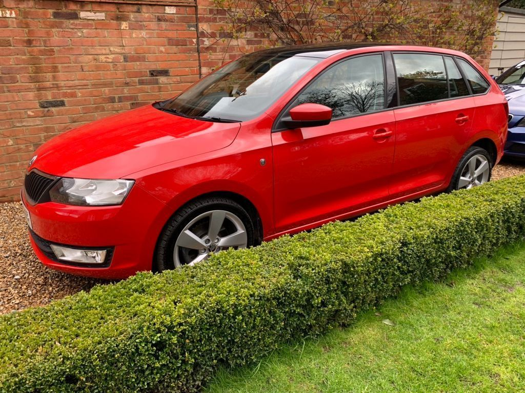 SKODA Rapid Spaceback Hatchback 1.6 TDI Elegance Spaceback DSG 5dr