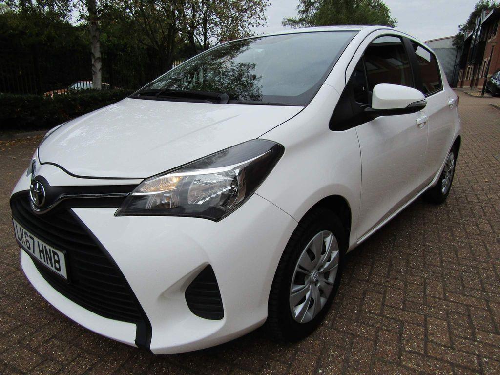 Toyota Yaris Hatchback 1.3 VVTi LIFE 2 98 BHP 5DR MANUAL PETROL