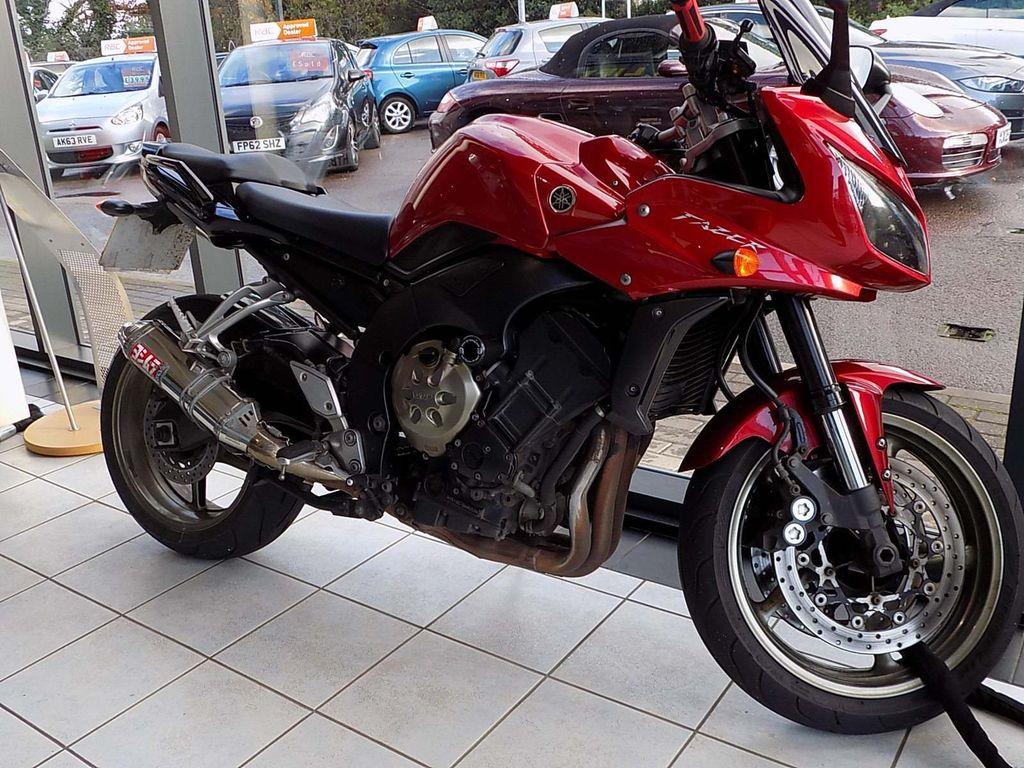 Yamaha FZ1 Sports Tourer 1000 FZ1
