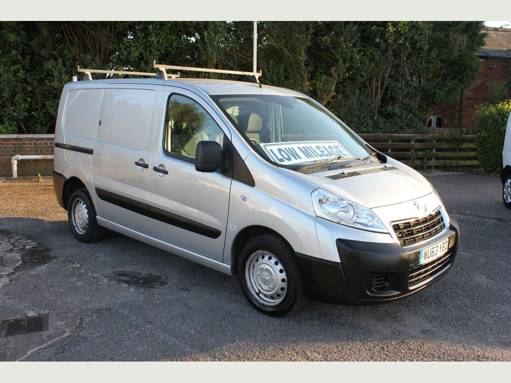 Peugeot Expert Panel Van 2.0 HDi (EU5) L1 H1 Professional 4dr