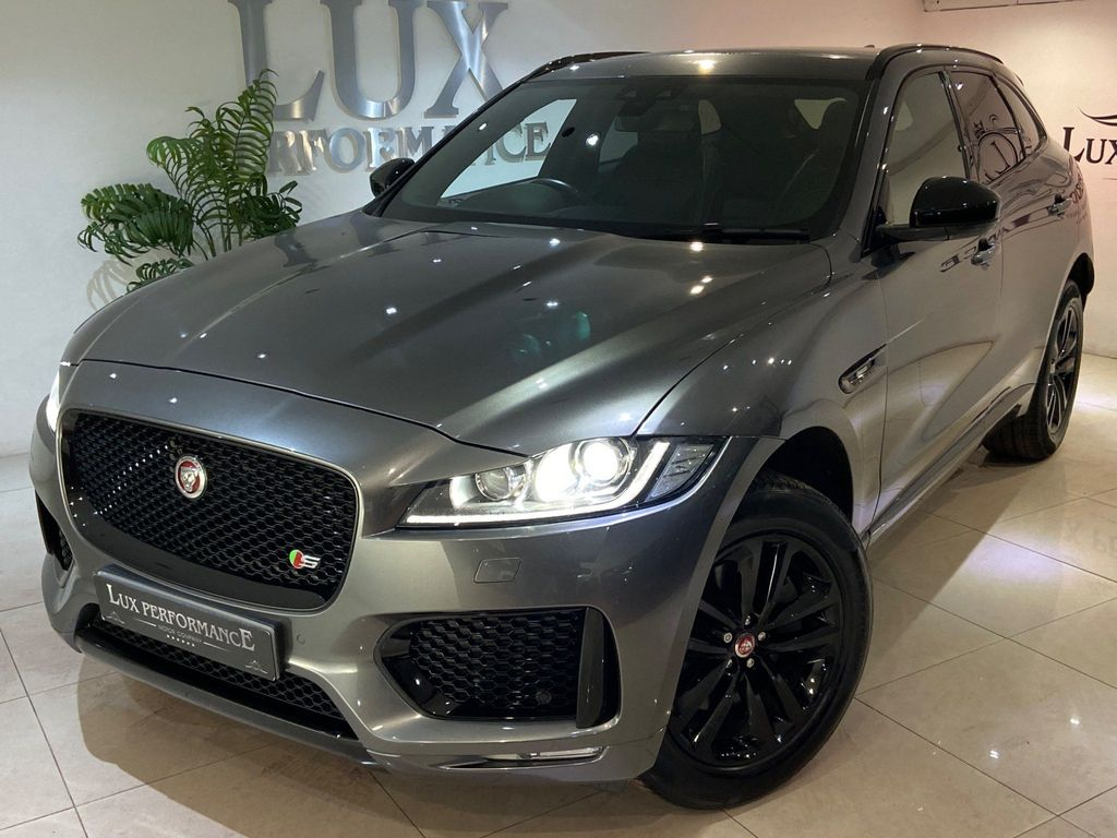 Used Jaguar F Pace Suv 2 0i R Sport Auto Awd S S 5dr In Halifax West Yorkshire Lux Performance