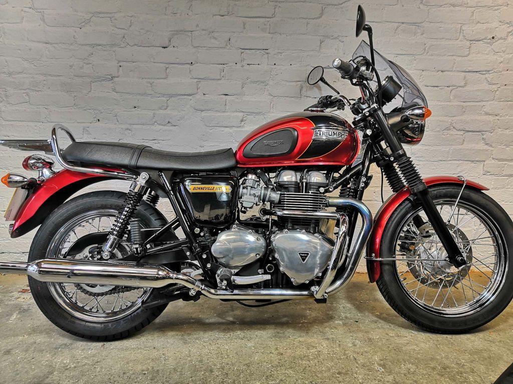 Triumph Bonneville T100 Naked