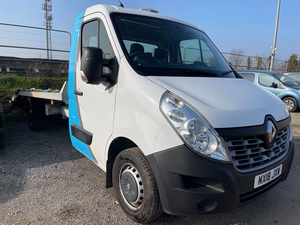 Renault Master Chassis Cab 2.3 dCi 35 Business FWD LWB EU6 2dr