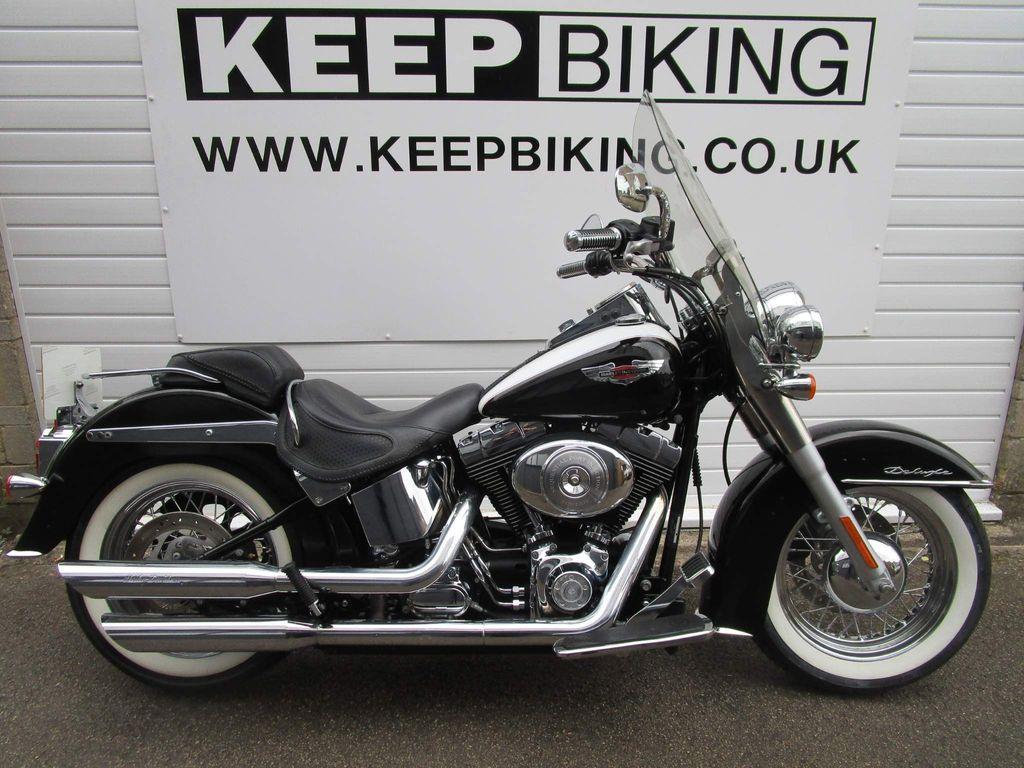 Harley-Davidson Softail Custom Cruiser 1450 FLSTNI Deluxe