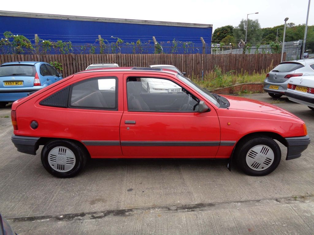 Vauxhall Astra Saloon 1.4 L 4dr