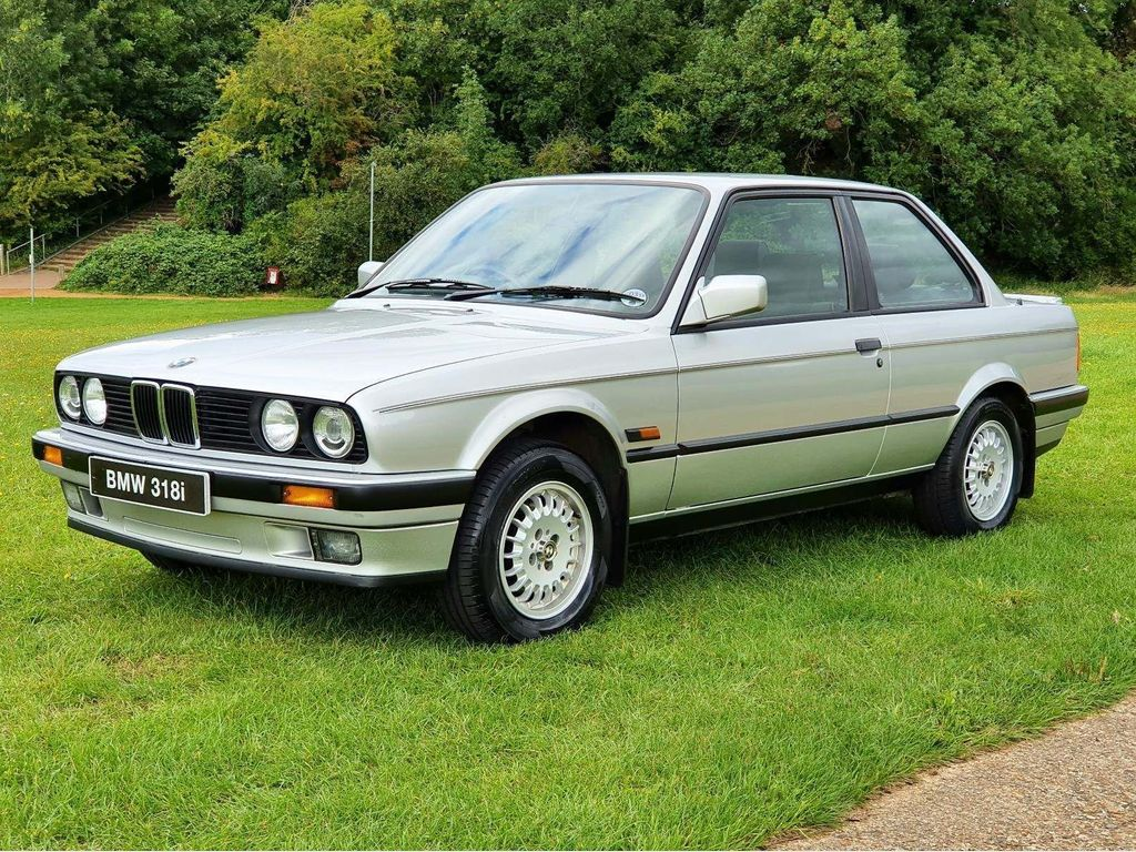 BMW 3 Series Saloon 1.8 318i Lux 2dr