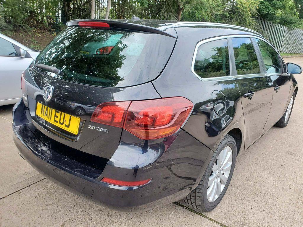 Used Vauxhall Astra Estate 2.0 Cdti 16v Se 5dr in Tipton ...