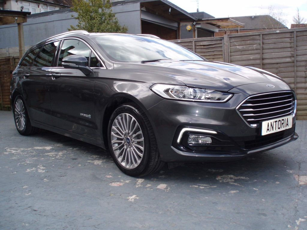 Ford Mondeo Estate 2.0 TiVCT Titanium Edition CVT (s/s) 5dr (18 inch Alloys)