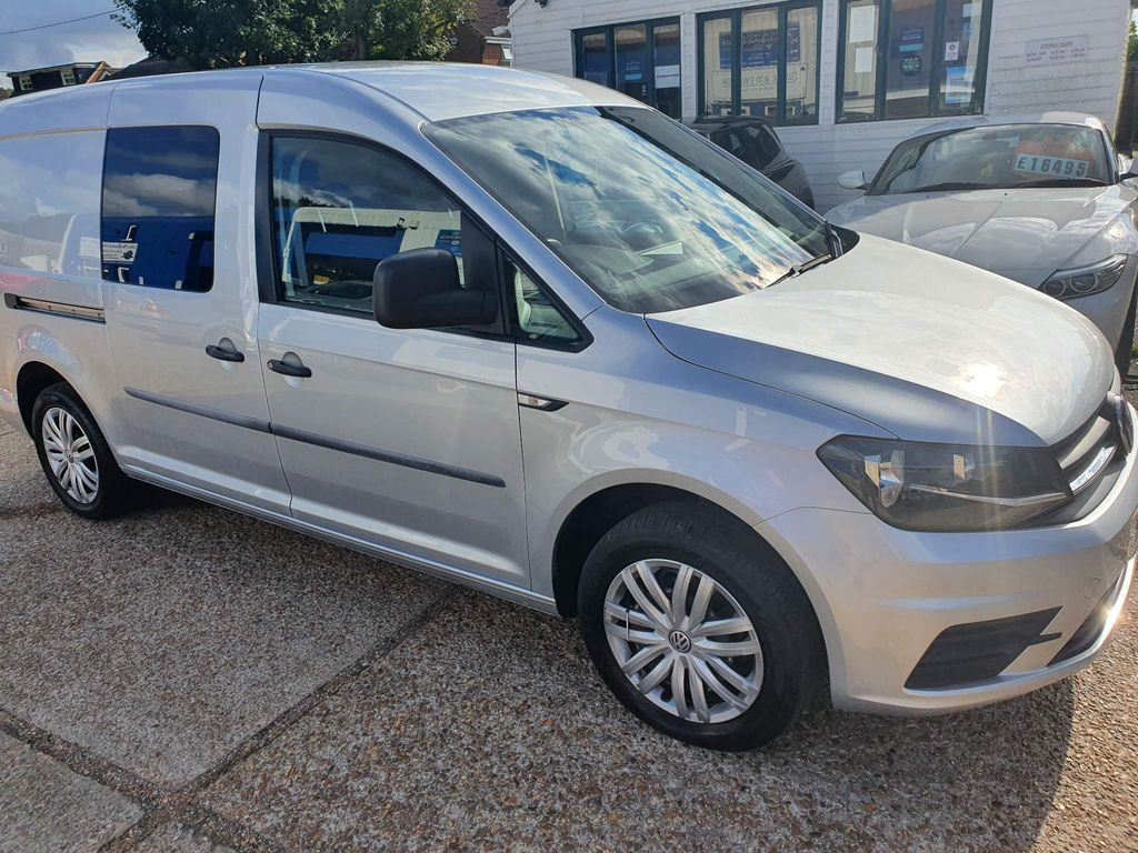 Volkswagen Caddy Maxi Combi Van 2.0 TDI C20 BlueMotion Tech Kombi Crew Van (s/s) 5dr