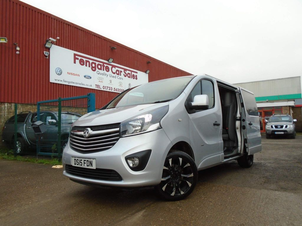 Vauxhall Vivaro Combi Van 1.6 CDTi 2900 BiTurbo ecoFLEX Sportive Crew Van L1 H1 EU5 (s/s) 5dr (6 Seat)