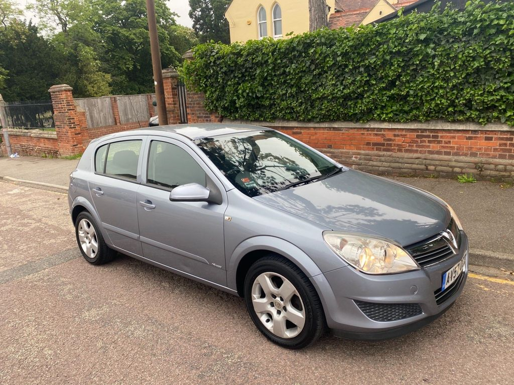 Vauxhall Astra Hatchback 1.4 i 16v Breeze 5dr