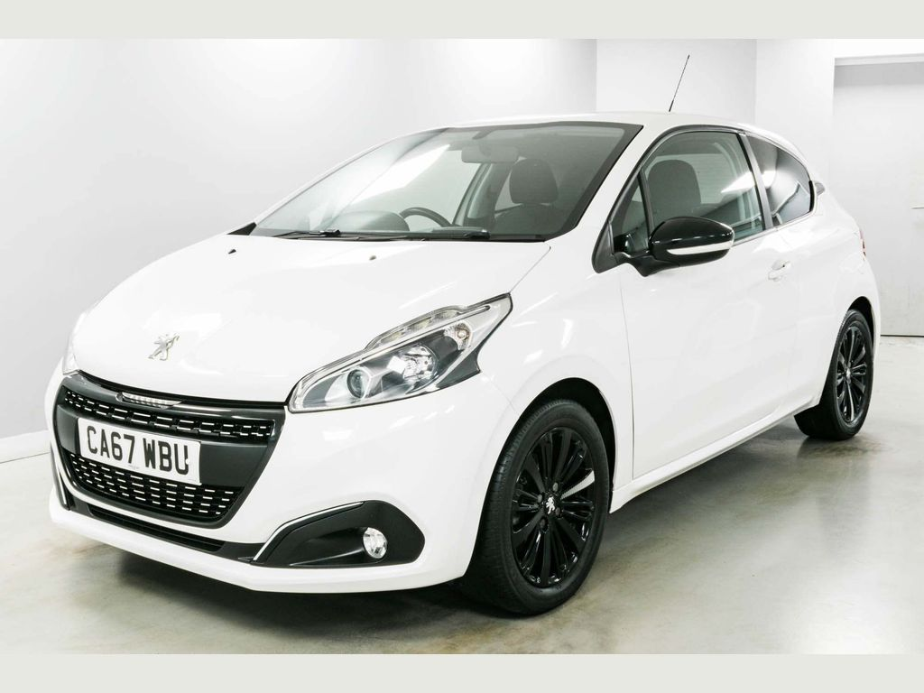 Peugeot 208 Hatchback 1.2 PureTech Black Edition 3dr