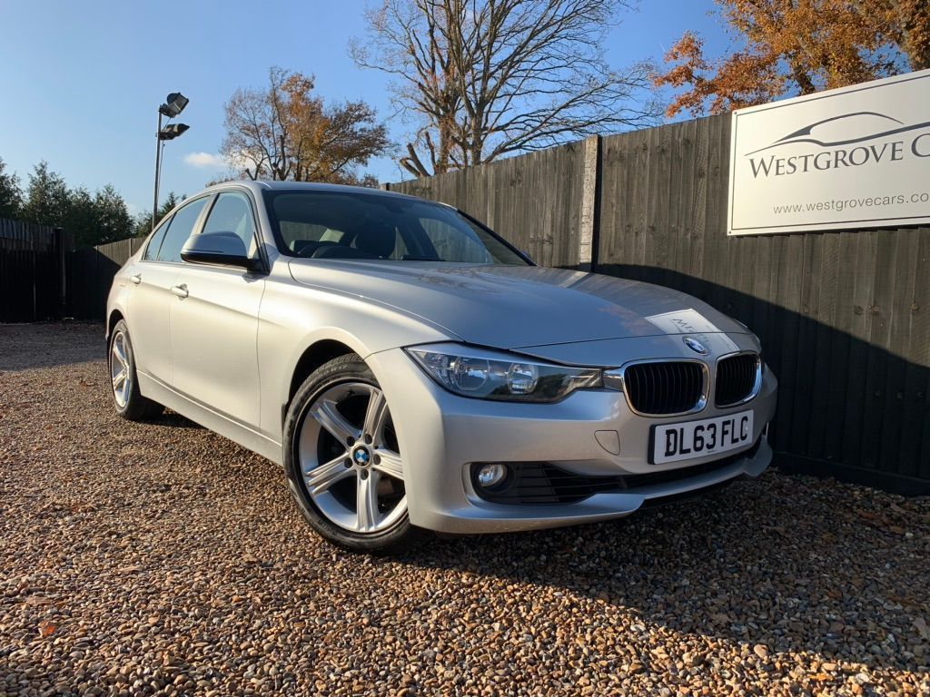 BMW 3 Series Saloon 2.0 320i SE xDrive (s/s) 4dr