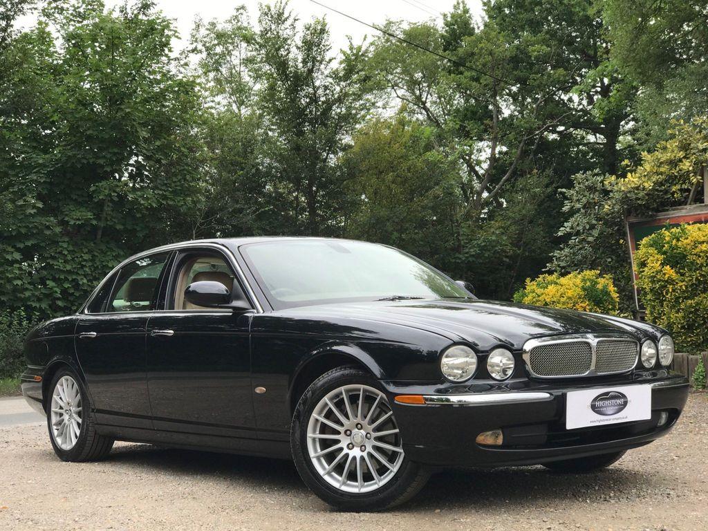 Jaguar XJ Saloon 3.0 SE 4dr