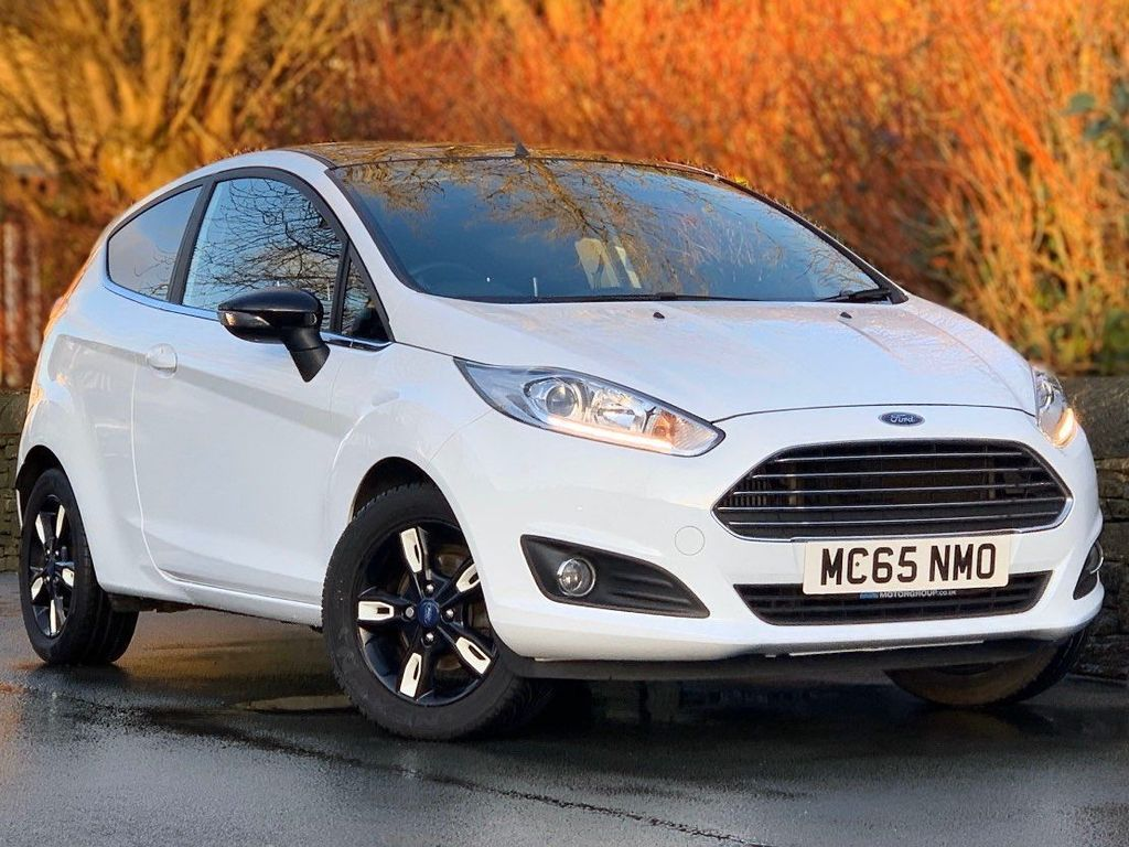 Ford Fiesta Hatchback 1.0 EcoBoost Zetec White Edition (s/s) 3dr