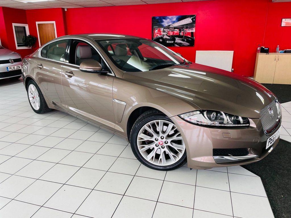 Jaguar XF Saloon 3.0d V6 Luxury (s/s) 4dr