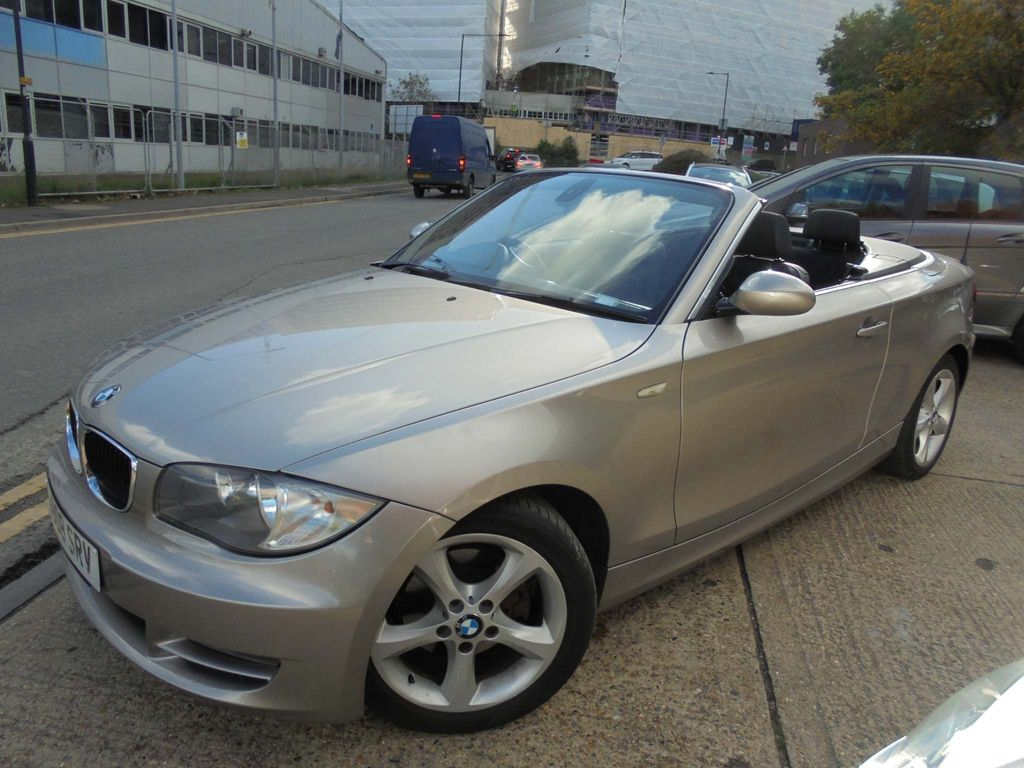 BMW 1 Series Convertible 3.0 125i SE Auto 2dr