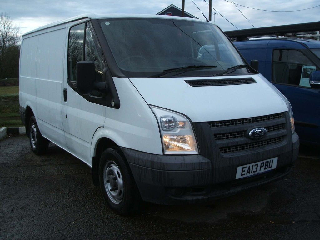 Ford Transit Panel Van 100 T260