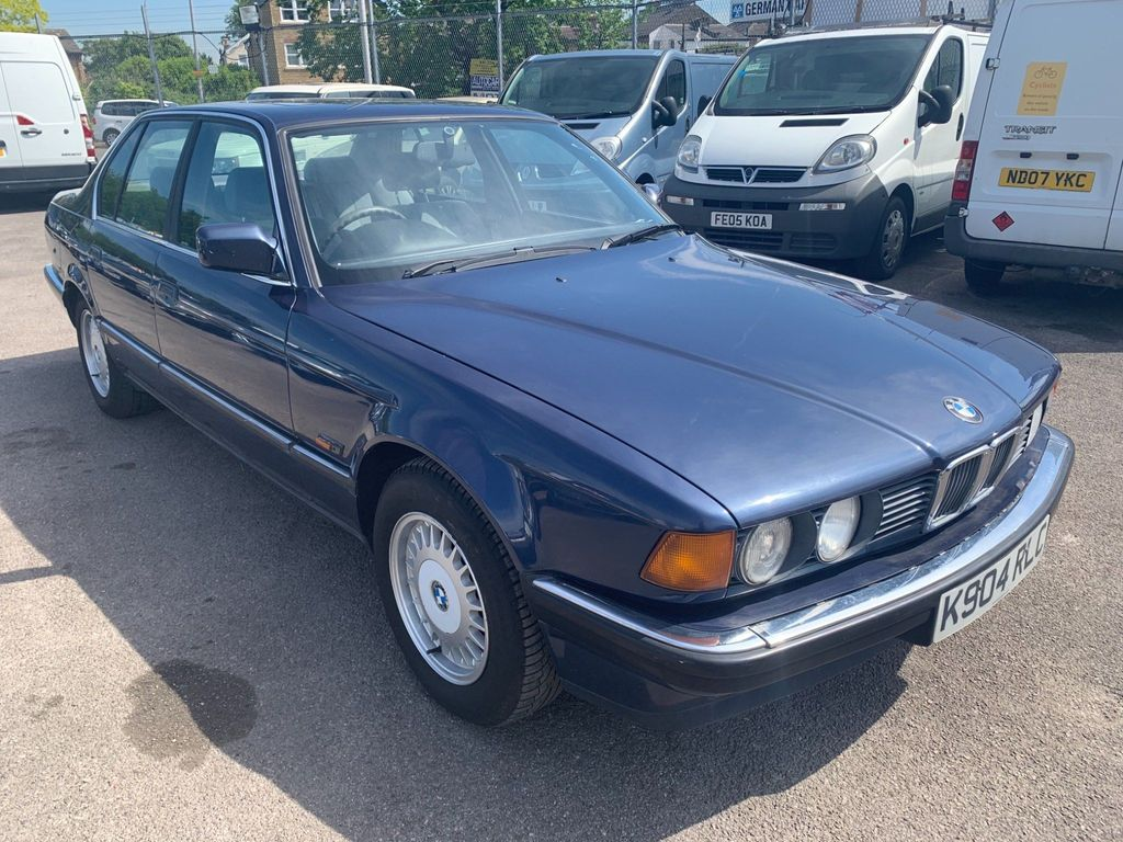 BMW 7 Series Saloon 3.0 730i 4dr