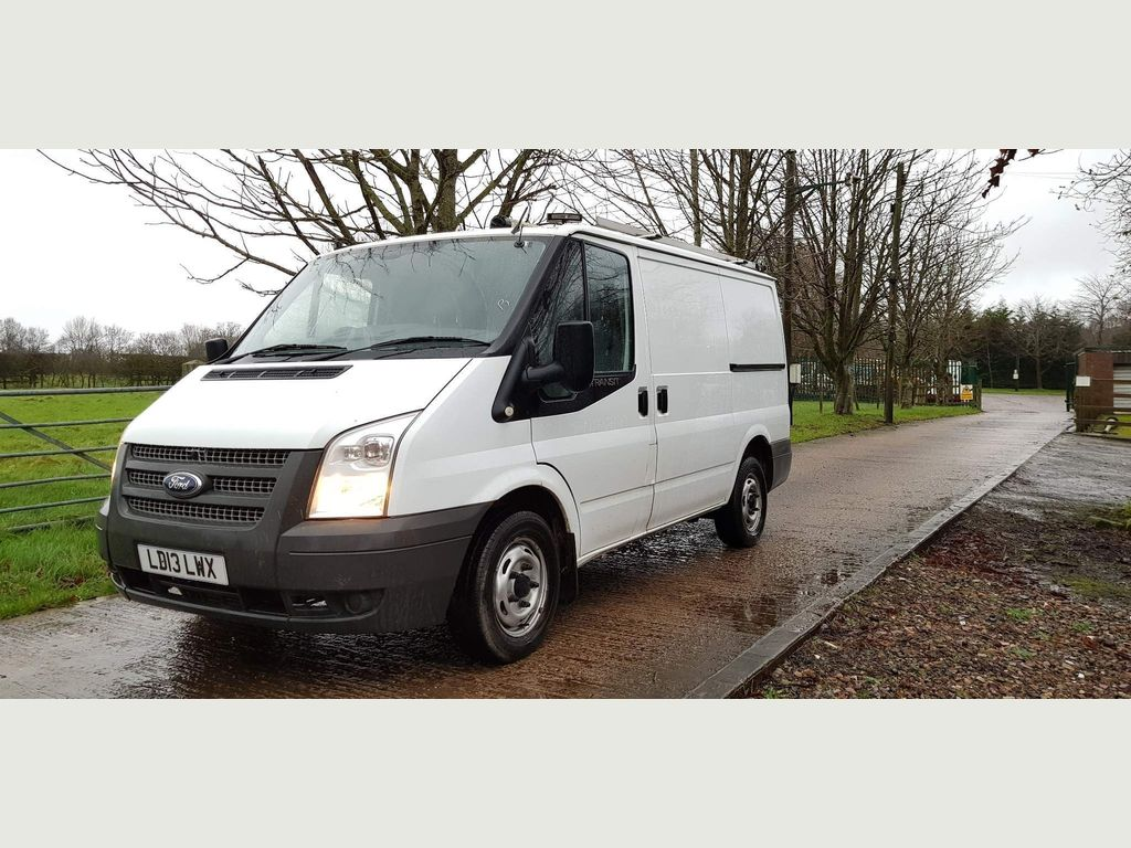 Ford Transit Unlisted SWB 2.2 100 PS LO ROOF 300