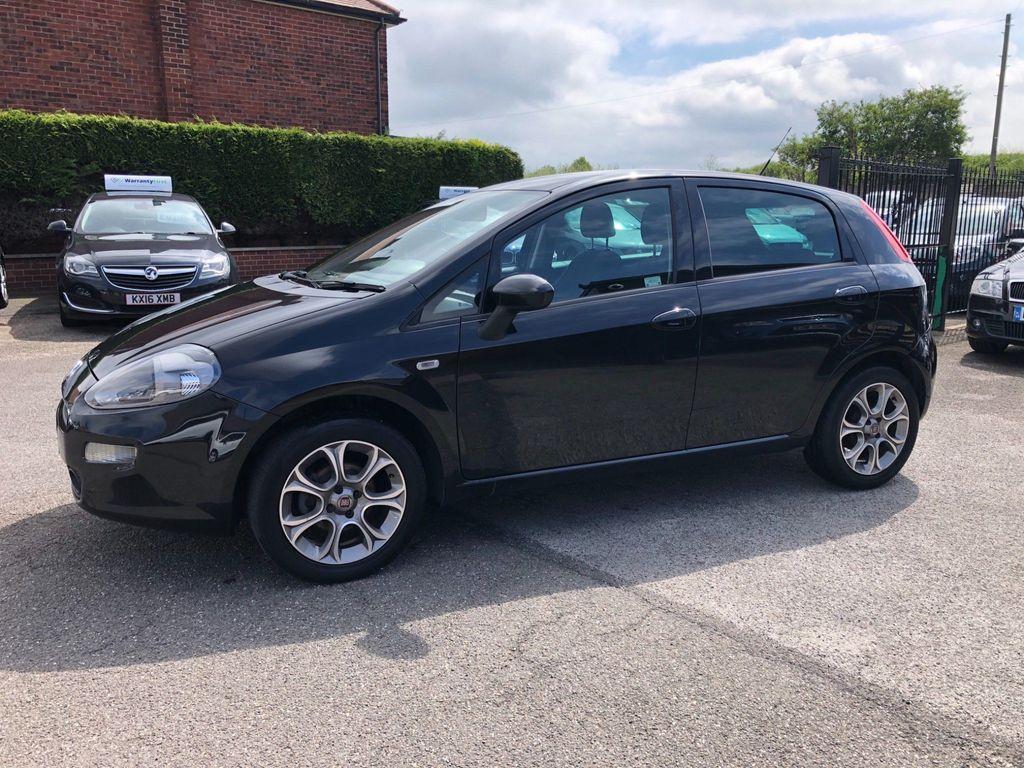 Fiat Punto Hatchback 1.2 8V Easy + 5dr